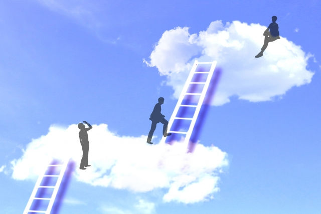 ケアマネジャーや主任ケアマネジャーが専門職になるには、企業努力が実る業界にならなければ無理