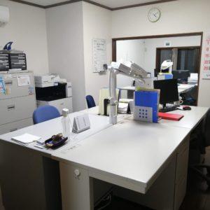 新しいケアマネさん用の机の設置完了